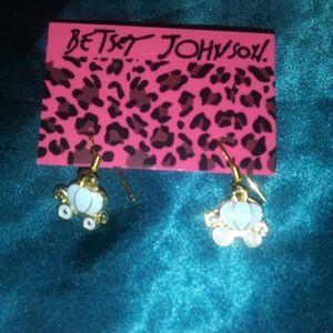 BETSEY JOHNSON carriage earrings